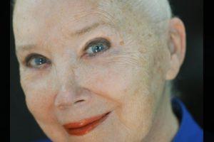 Sally Kirkland Headshot (002)