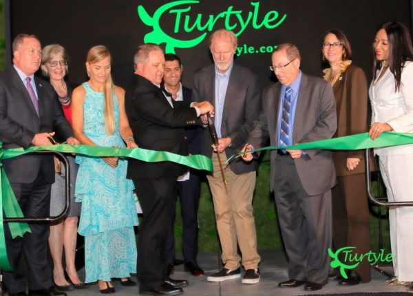 STARS ADORNED THE GREEN CARPET GRAND OPENING OF TURTYLE AT NICKELODEON STUDIO, HONORING ACTOR ED BEGLEY JR.